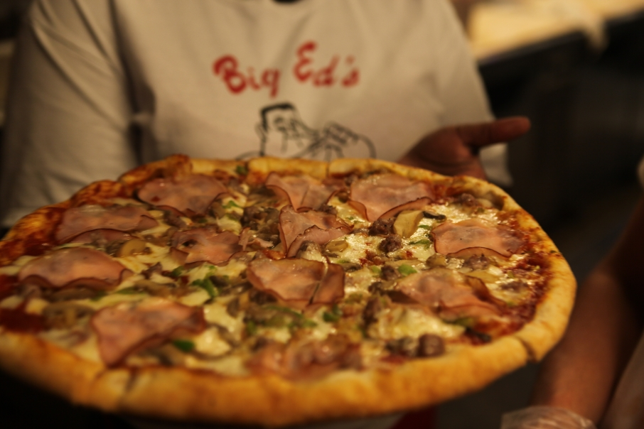 Pizza Places in the Smokies, Big Ed's